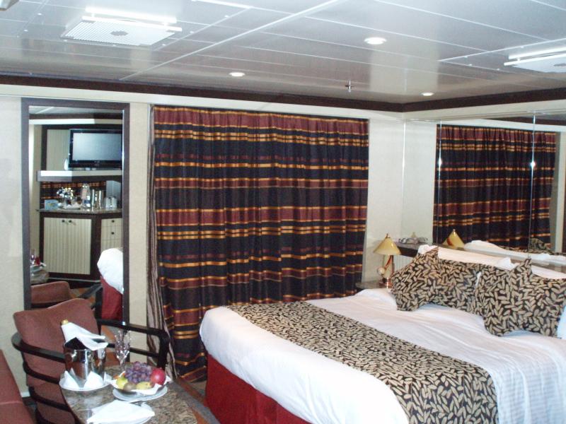 Costa deliziosa panoramica cabine e suites crociera ndo for Quali cabine sono disponibili sulle navi da crociera